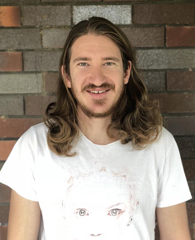 Julian Oates